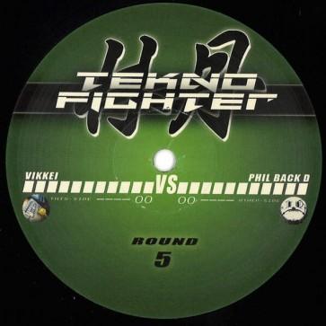 Vikkei VS Phil Back D - Round 5 - Tekno Fighter - TF05